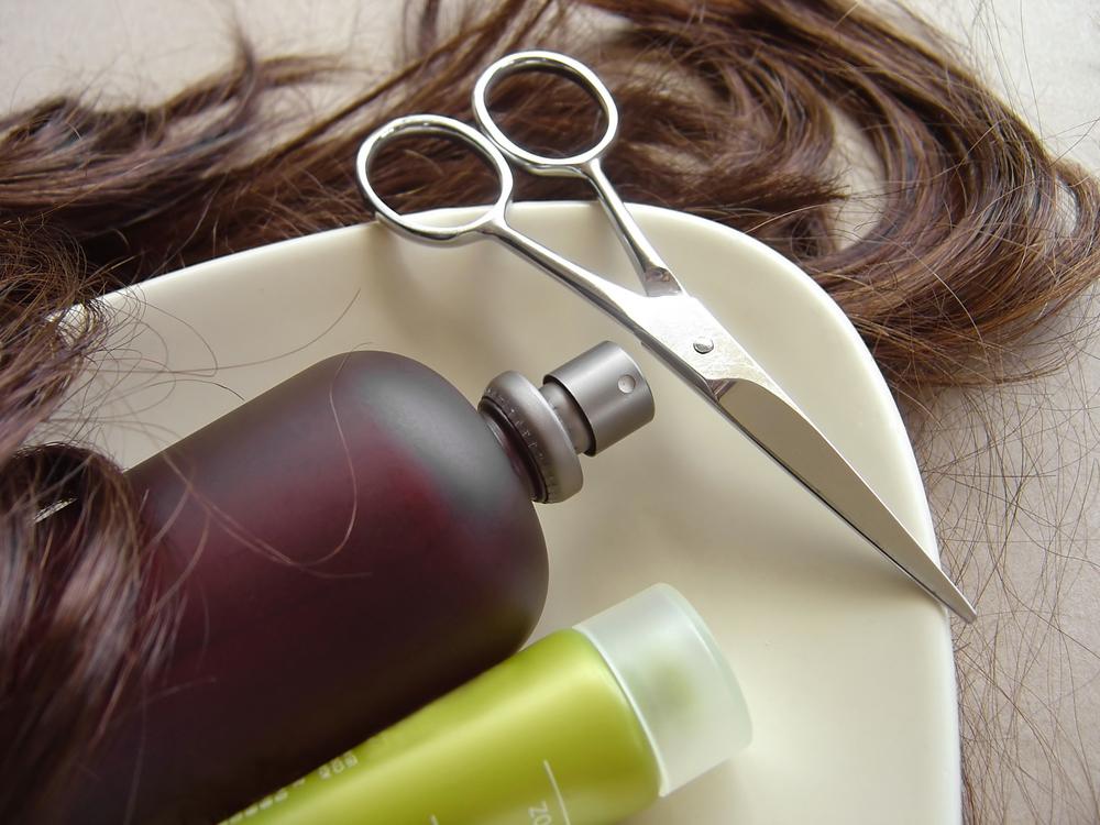 8 необходимых средств для ухода за волосами