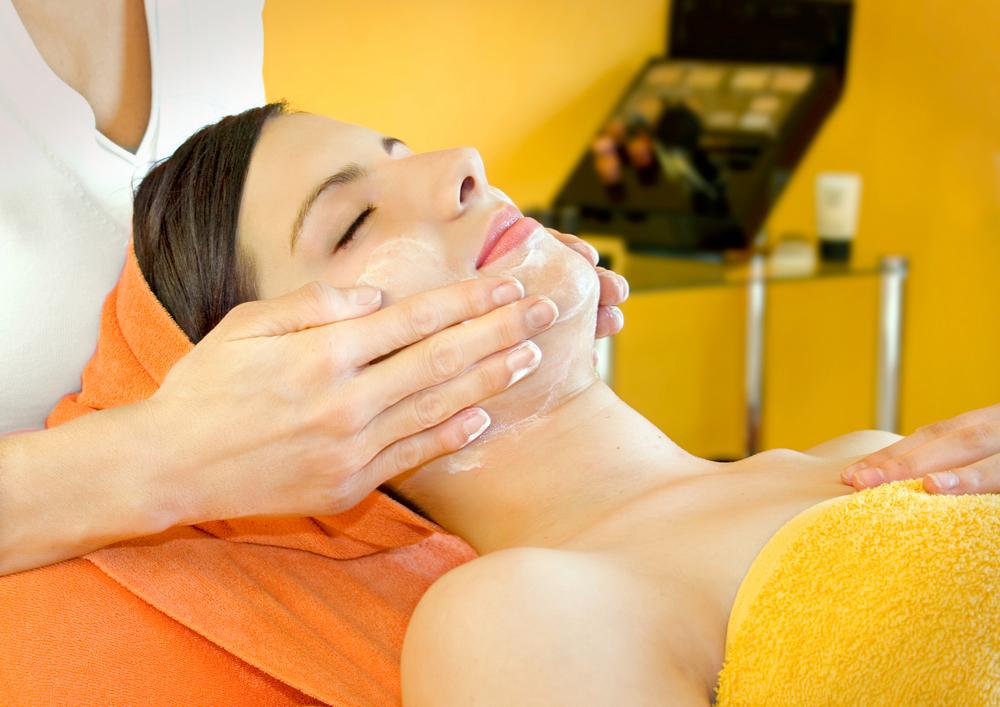 Шелушение кожи: причины и способы устранения проблемы