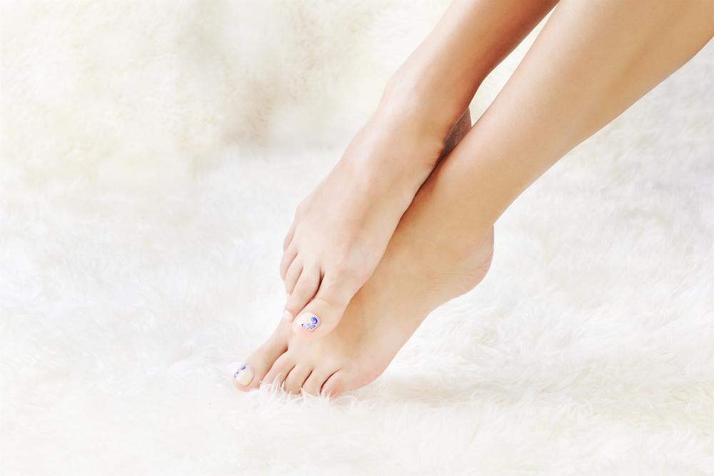 Лечить грибок ногтей зож