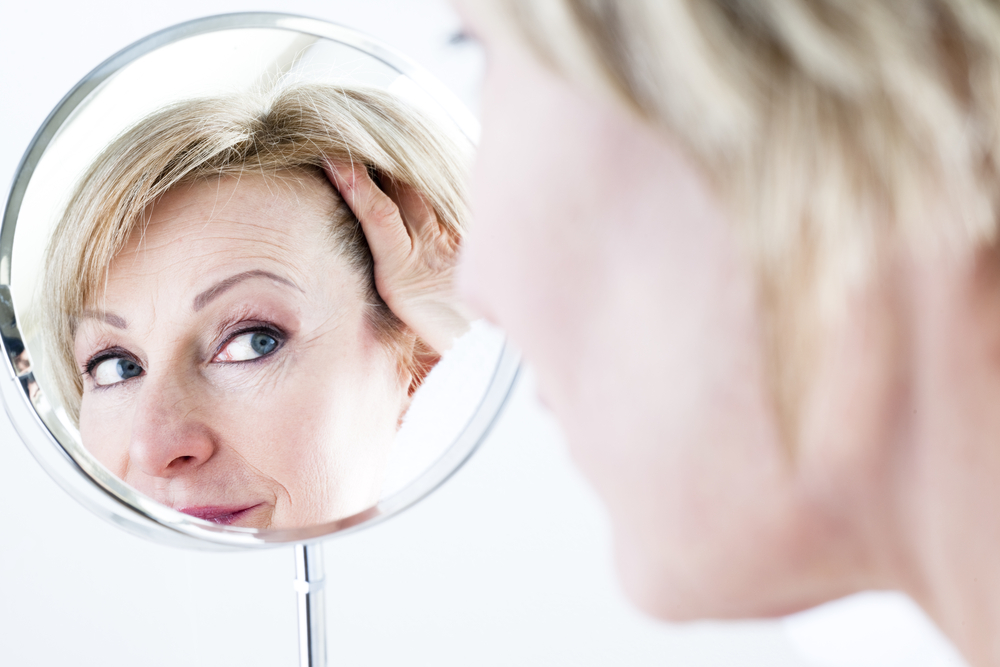 Как применять ампулы против выпадения волос