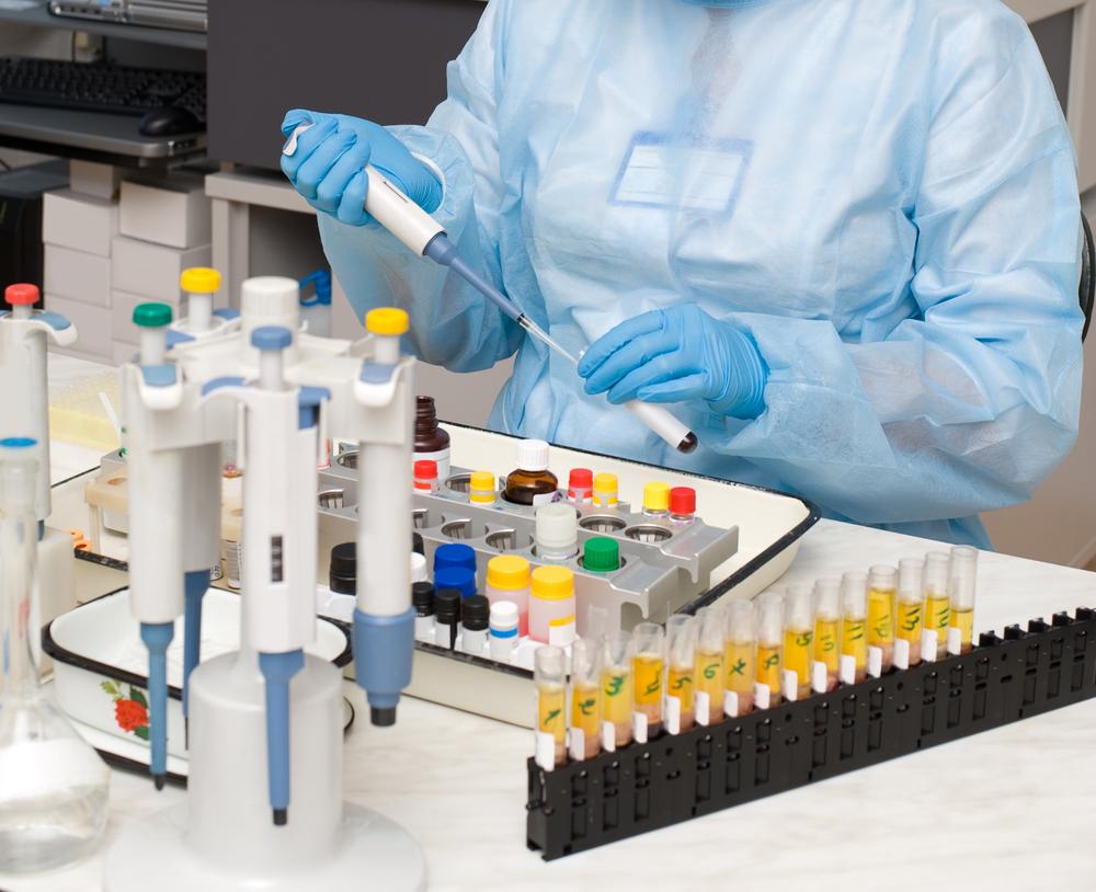 Выполнение анализов в современной лаборатории